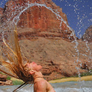 - Getting off on the confluence of the Little Colorado River, Grand Canyon -